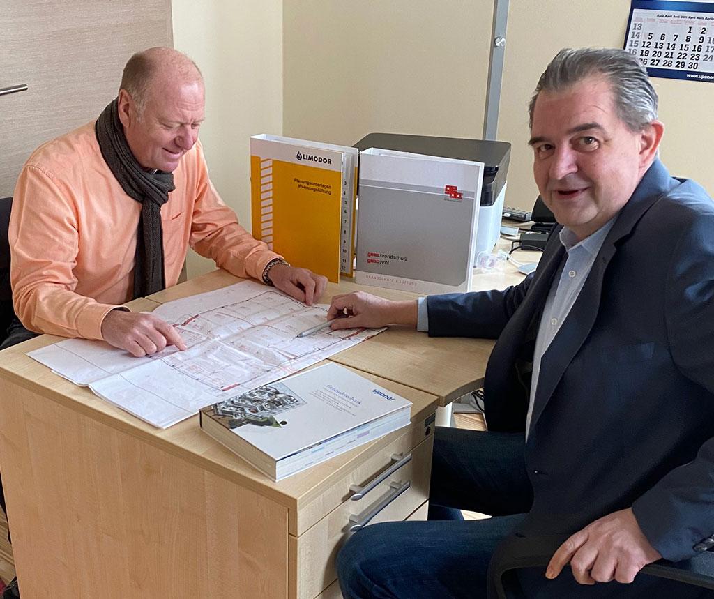 Peter Henning im Kundenkontakt
